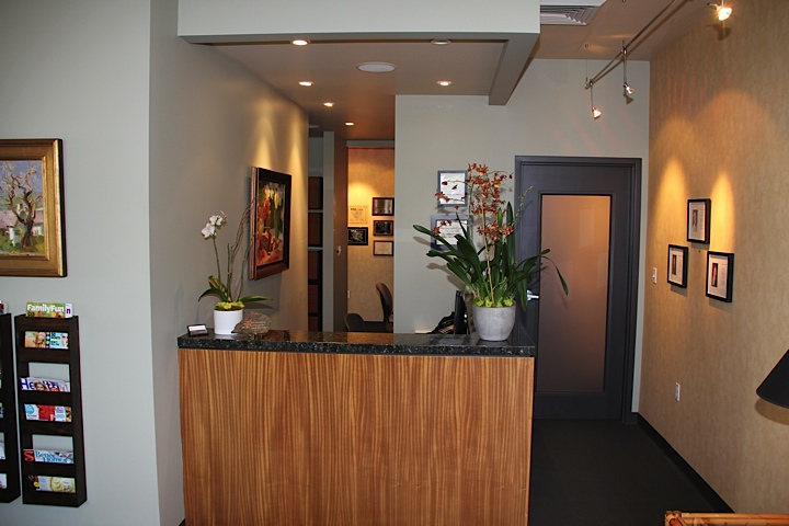 Cosmetic dental office 1